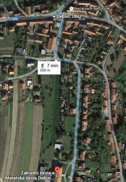 Nákres cesty pěšky od autobusu ke škole