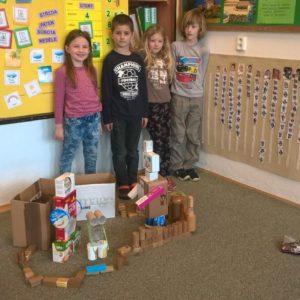 Centra aktivit 1. třída: Objevy a vynálezy - Linda, Zoinka, Tobík a Maty