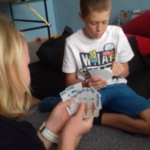 Pohled na karty jedné z hráček