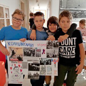 Sametová revoluce Muzeum města Tišnova 4. třída